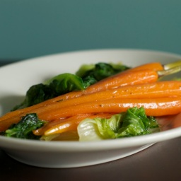 Glazed Carrots with Lettuce