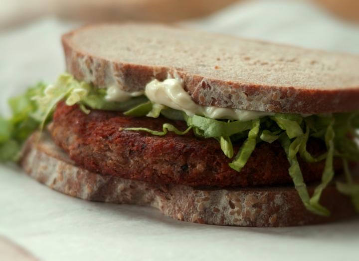 Smokin' Black-eyed Sandwich