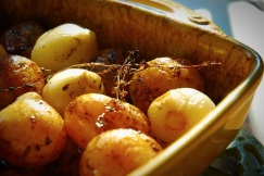 Potatoes and Onions Roasted with Vinegar and Thyme